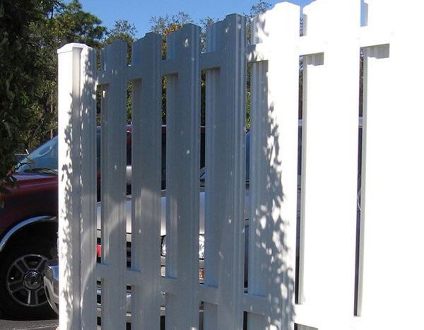 Commercial Aluminum Privacy Fence