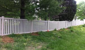 Residential Vinyl Fencing