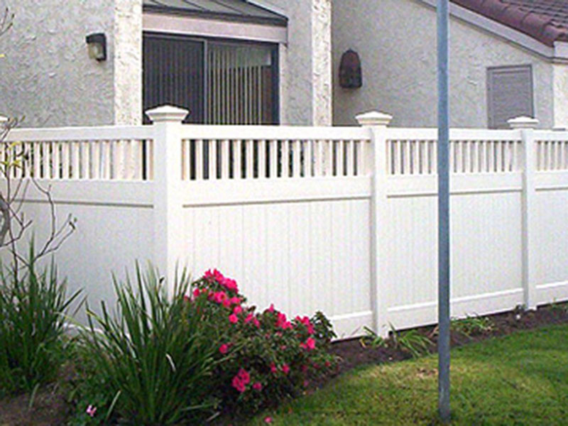Vinyl Privacy Fence with Victorian Accents